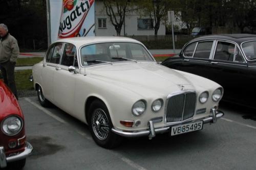 19744